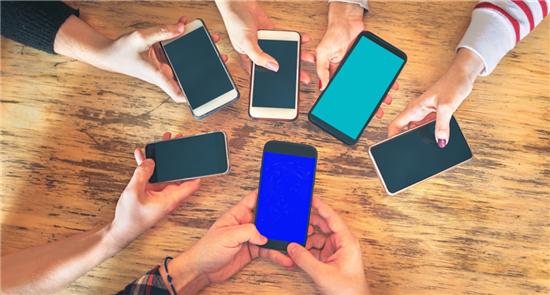 """""""換將""""無法破解5G手機市場不彰難題"""